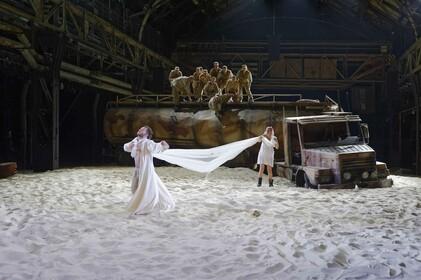 Theater in Hallen - Inszenierungen der Ruhrtriennale 2009-2013