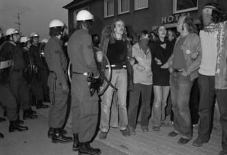 Feierliches Gelöbnis (Vereidigung) in Kamen, antimilitaristische Demo