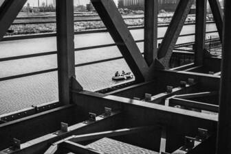 Sonntags am Kanal, Hafenbecken Kraftwerk Graf Bismarck
