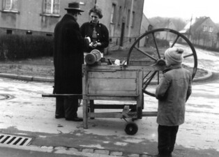 Fahrende Handwerker: Schleiferei/Schirmreparaturen