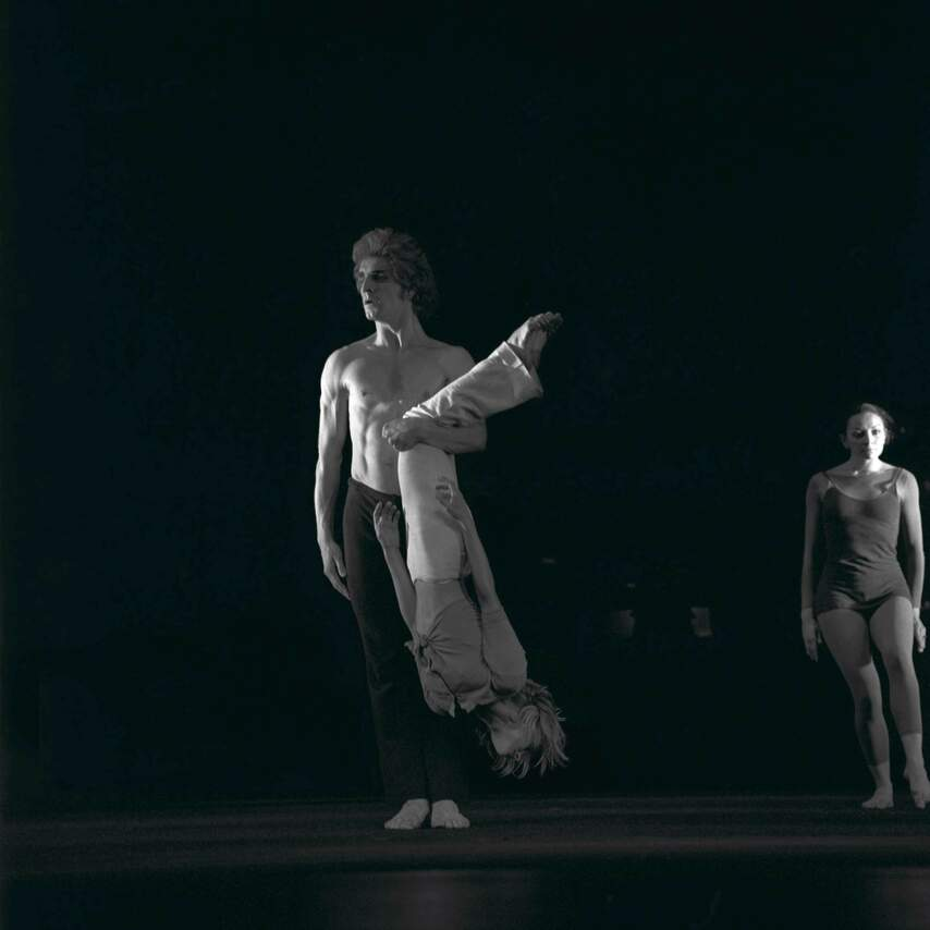 Tänzerinnen und Tänzer der Companie
