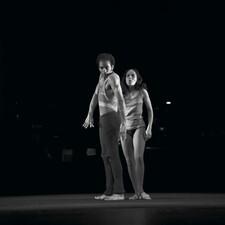 Tänzer und Tänzerin der Companie