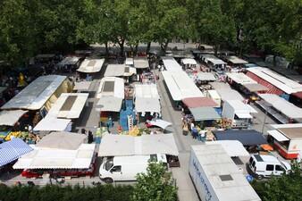 Der Freitagsmarkt auf dem Heinrichsplatz