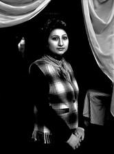 """Naciye Fidan, Existenzgründerin, Gardinenfachgeschäft: """"Mein Hobby ist mittlerweile mein beruf geworden."""""""