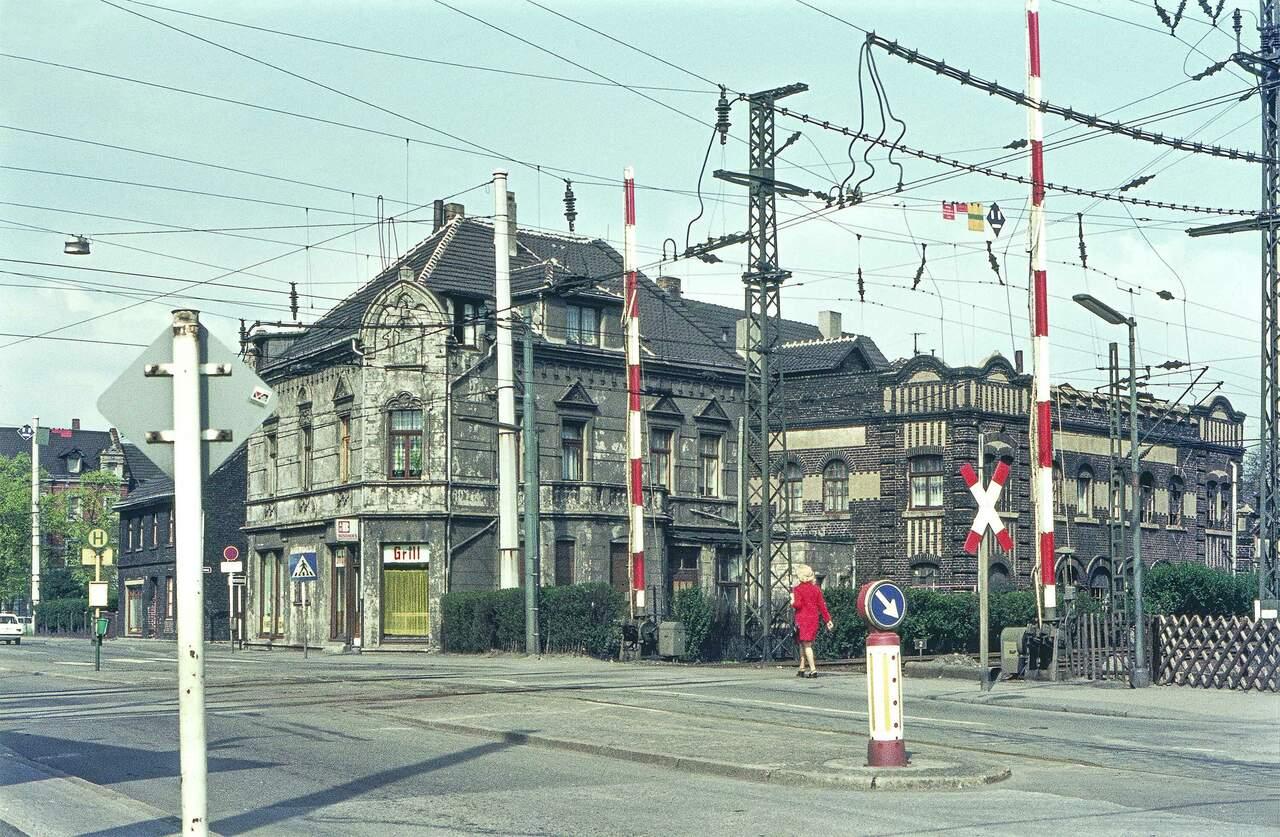 Karnap, Bahnübergang